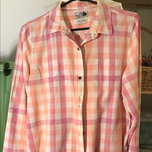 Northface button up top